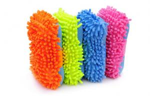 China Colorful Microfiber Chenille Car Wash Sponge Car Washing Tool For Furniture on sale