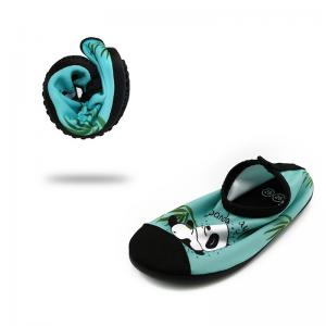 Quality Summer Cute Kids Aqua Water Shoes Comfortable Pool And Beach Shoes Wearable PVC for sale