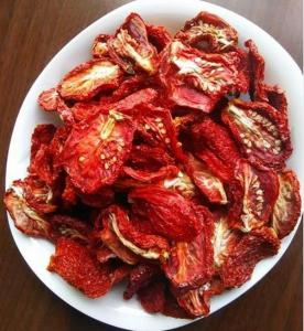 China Half Cutted Size Air Dried Tomatoes Dehydrated Vegetable Powder Red Color on sale