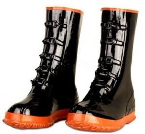 China Non-Slip Black Garden Rubber Half Rain Boots For Men Size 36-46 on sale