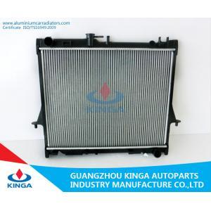 China 2006 radiateurs verticaux pour le type de tube d'aileron de Dmax de collecte d'Isuzu remplacent l'utilisation on sale