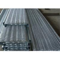 China Slip Resistant Galvanized Steel Stair Treads Outdoor Ladder Q235 Steel on sale