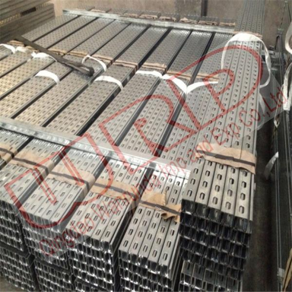 Galvanized steel Unistrut with slotted holes dimension