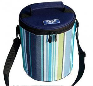 China Cylindric Insulated Cooler Bags , Portable Wine Cooler BagTop Round Zipper on sale