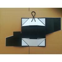 Luxury folding magnetic closure cardboard packaging wine bottle handmake rigid gift box