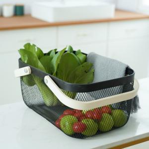 China Rectangular Rustproof 750g Metal Wire Fruit Basket With Wood Handle on sale