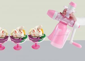 China Fruit Hand Crank Ice Cream Maker Flavored Non Electric Fresh Juice Machine on sale