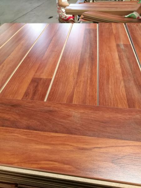 Cheap Price Mdf 12mm Class31 Wooden Waterproof Laminate Parquet For