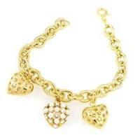 OEM Stylish wedding bracelet, matt finished non corrosive Rhinestone heart gold chain bracelets for women