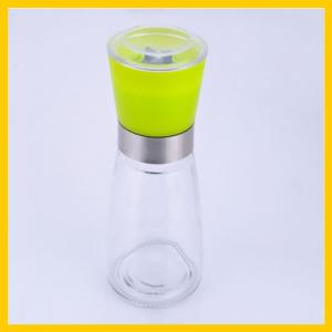 China 100ml  glass pepper shaker bottle   glass spice grinder  bottle  glass curry bottle on sale
