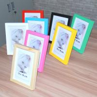 China Hot sale solid wood photo frame with different color on sale
