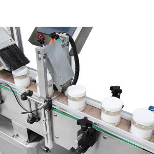 China Full - Automatic Oval Bottle Labelling Machine Precise Localization Long Life on sale