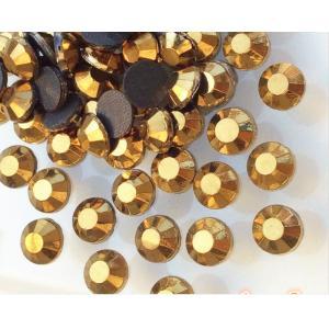 China fausse pierre gentille de transfert de presse de la chaleur de colle de dorado en cristal d'hématite d'or pour des ornements de chaussure on sale