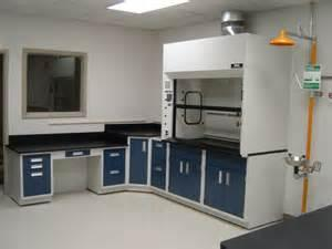 China Laboraty Fume Hood on sale