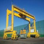 Electric Hoist Ship Gantry Crane 30 - 40tons Capacity Overload Protect