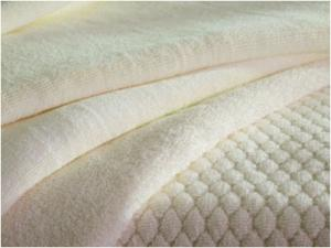 China 100% cotton jacquard thin white cotton bath towels on sale