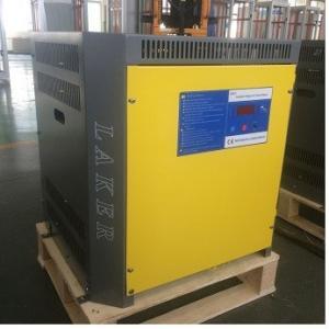 China Thyristor 72V 80A chargeur de chariot élévateur de 3 phases, chargeur de batterie de Jack de palette contrôlé par microprocesseur on sale