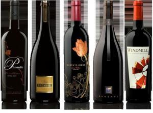 China El oro de papel durable grabó en relieve las etiquetas de las etiquetas engomadas para el vino/la vodka/la botella de Champán on sale