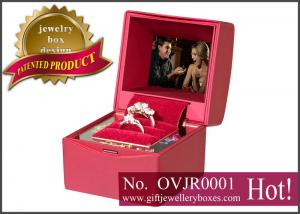 China Rechargeable plastic and red velvet Gift Jewellery Boxes, video Ring box, Jewelry case with bowknot on sale