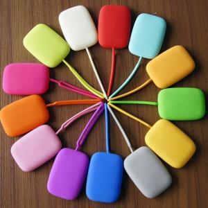 China Multipurpose Silicone Key Wallet ID Card Holder With 15 Colors In Stock , Custom Print Your Own Logo on sale