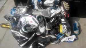 China Wholesale used shoes/second hand shoes in bale ,used shoes old shoes used clothing on sale