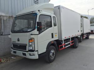 China Mini Commercial Truck Refrigerators 8 tons 4x2 for frozen and fresh cargo -18 C on sale
