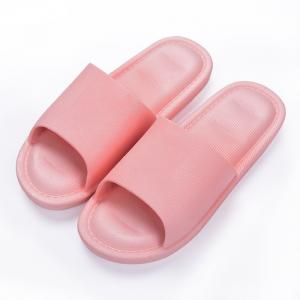 China Pink Disposable Hotel Bathroom Slippers Free Simple Design Good Breathability on sale
