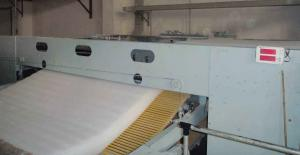 Quality Signal Non Woven Fabric Machine Round Cutting Machine For Operation Suit / Mask for sale