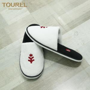 China personalized logo disposable hotel slipper for men and women on sale