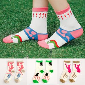 China Cute cartoon design custom cotton socks for school girls on sale