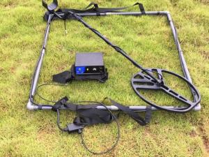 China Pluse Induction High Depth Waterproof Metal Detector Ground Gold Searching on sale