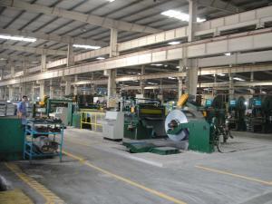 China 0.3-1.5x1300 fly Shear Sheet Metal Cutting Machine , Aluminium Slitting Machine Easy Operate on sale