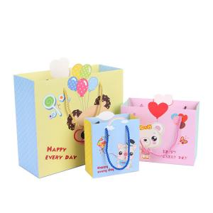 China Imprinted Printed Paper Gift Bags Xmas C1S Coated Paper Hot Foil Stamping on sale