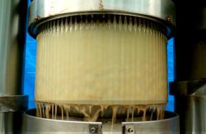 China 60 Mpa Pressure Hydraulic Oil Press Machine 2.2 Kw Power 12 Months Warranty on sale