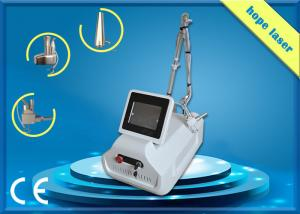 China Acne Scar Removal Co2 Fractional Laser Machine 30W 10600 nm 75, 000 W / Cm² on sale