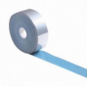 China Tela reflexiva/cinta/material del alto lustre, hecho de la PU, ampliamente utilizado en ropa impermeable con la capa de PU/PVC on sale