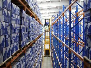 China factory storage shelving racking systems narrow aisle multi level for carton flow on sale