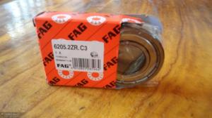 China deep groove ball bearing/6305 bearing/original Germany FAG bearing agent/ball bearing on sale