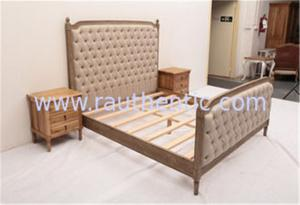 China Sturdy High Headboard King Size Upholstered Platform Bed , Custom Wood And Upholstered Beds on sale