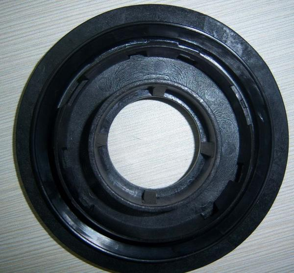 PP / EPDM Overmolding Auto Parts Mould For Main Wire Harness Grommet Main Wire Harness Grommet on