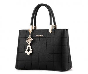 China Square Shape Leather Shoulder Handbags , Soft Leather Shoulder Bags For Womens on sale
