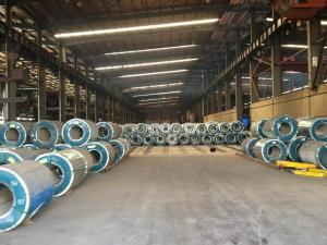 China 1200mm の幅の熱い浸された電流を通された鋼鉄コイルは前に ASTM AISI を塗りました on sale