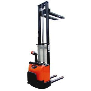 China 3.0 Ton Battery Tractor Forklift (Dc motor) on sale