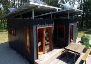 China High Standard Modular Container House , Luxury Design Prefab Shipping Container House on sale