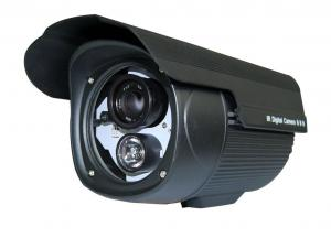 China 700TVL Security IP66 Waterproof IR CCTV Camera With Array Led , 3.6 / 6mm Board Lens on sale