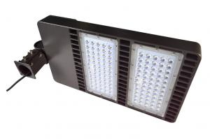China Waterproof Led Shoebox Light 160 W 20800 Lumen Meanwell Led Driver on sale