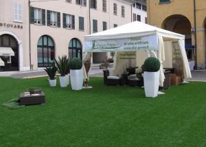 China 3 / 8\'\' Flat Yarn Shape Backyard Outdoor Artificial Turf / Fake Grass Landscaping on sale