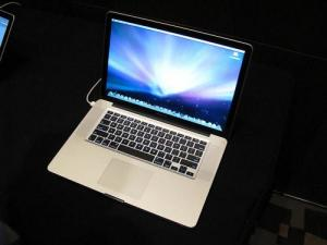 China Paypal Apple MacBook Pro Core 2 Duo 2.66 GHz - 15.4 TFT on sale
