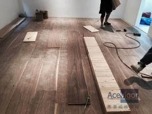 China Customized 20/6 x 300 x 2200mm AB grade American Walnut Flooring for Philippines Villa Project on sale