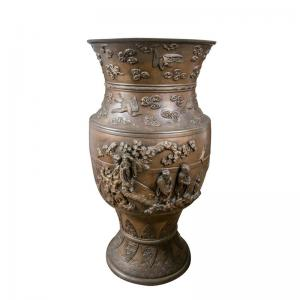 China Outdoor Antique Cast Iron Planters And Urns Classical Paint Coating on sale